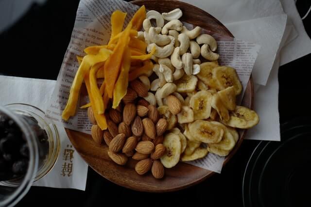 ナッツ類の中でも髪の毛に良い食べ物