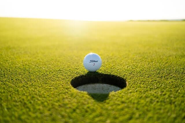 短期間でゴルフを上達させるにはスクワット+コレ!